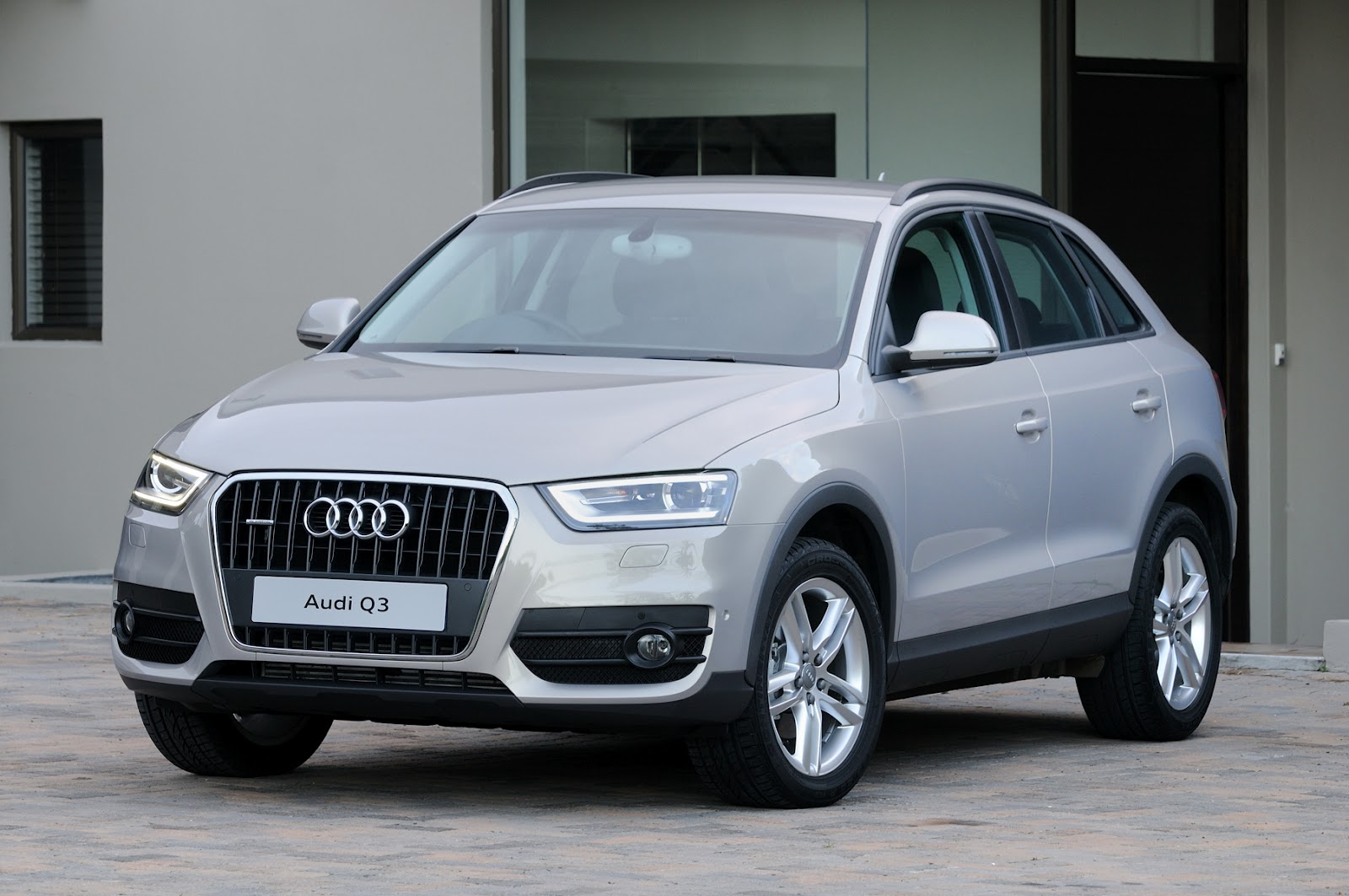 Ремонт и сервис Audi Q3